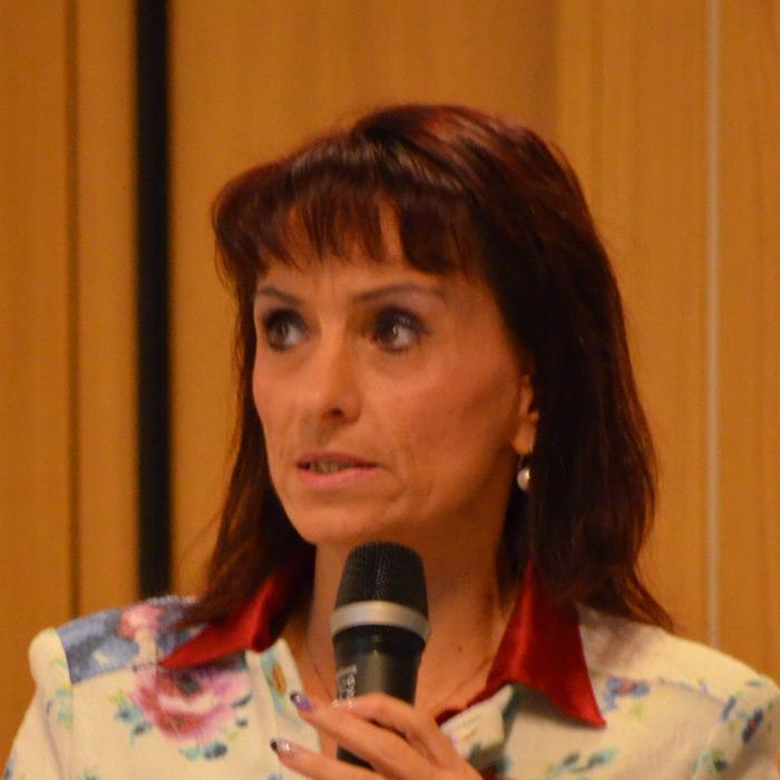 <p>Laura Rossi</p>
