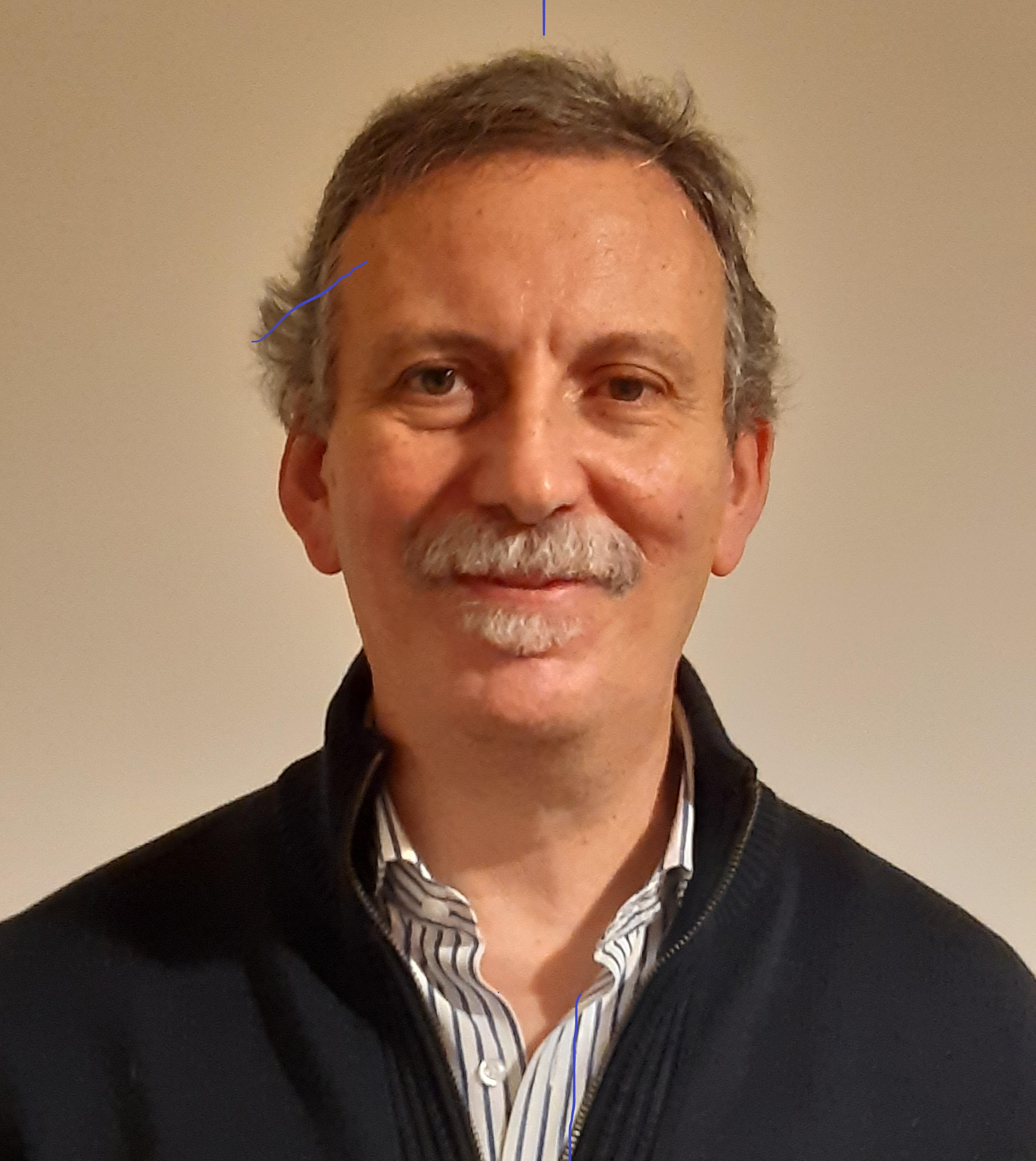 <p>Giuseppe Di Battista</p>
