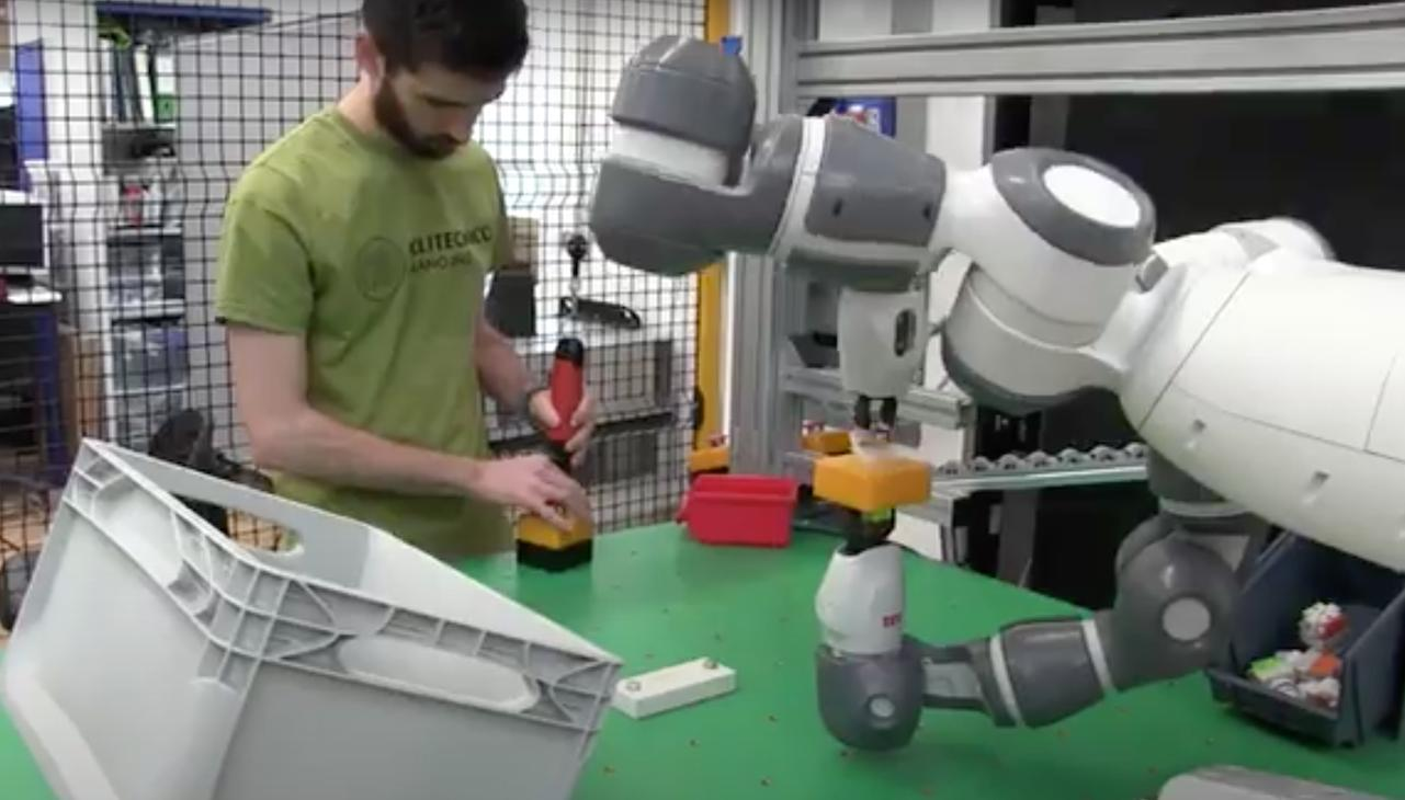 Collaborative robotics at the MERLIN LAB - POLIMI