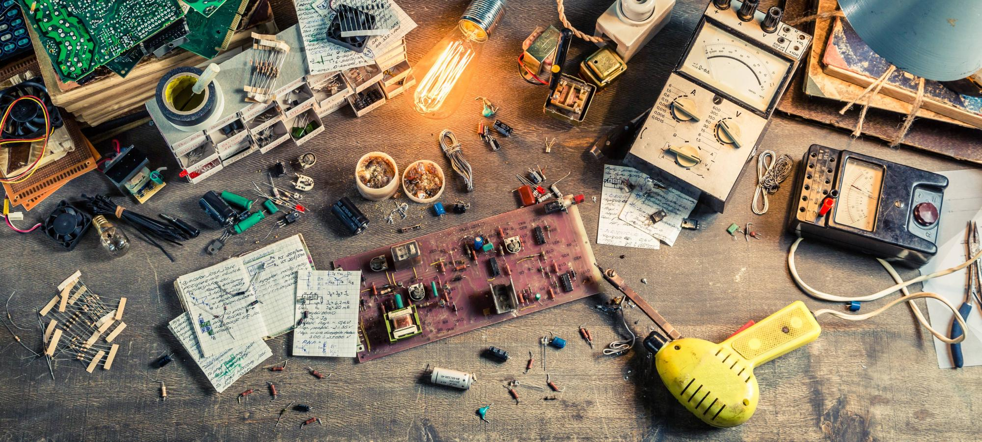 Maker - IoT - Creativi digitali